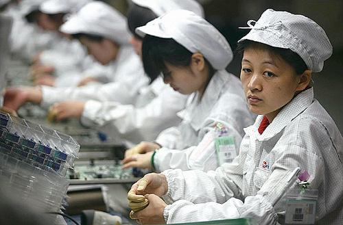 Foxconn | La empresa que esclaviza a miles(puede que millones) de personas para apple